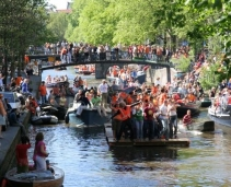 How to get an accommodation in Amsterdam during Queen's Day