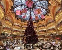 The flagship store of the most famous department store in France